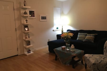 Delightful apartment- Walk to OSU/the stadium - Stillwater - Appartamento