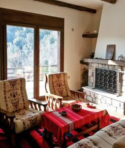 Rustic apartment w/mountain views - Kato Seta