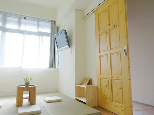 [ Light. apt ] Two minutes  MRT Zhongxiao Xinsheng - Zhongzheng District - Apartamento