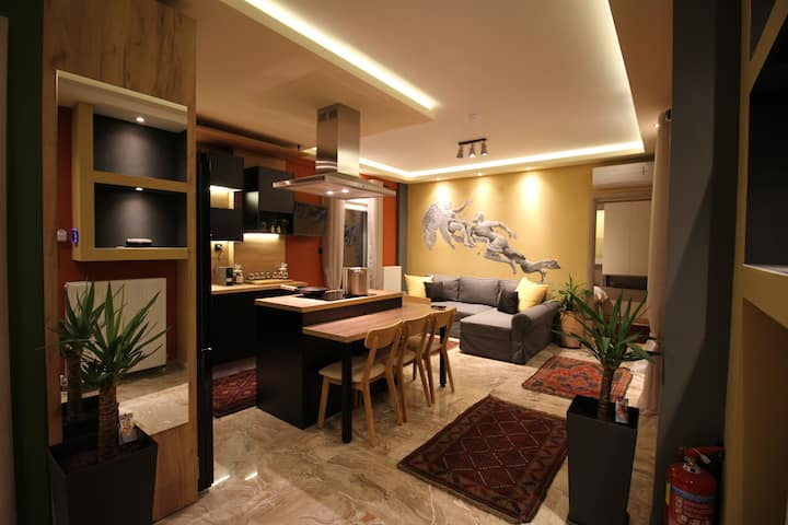 """Eros"" - Luxurious Apartment"