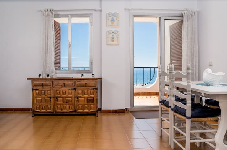 APARTMENT WITH SEA VIEW & FREE WIFI - Empuriabrava - Daire