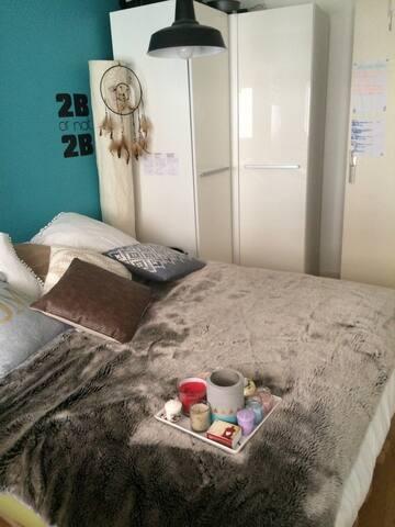 Chambre dans le centre d'Annecy