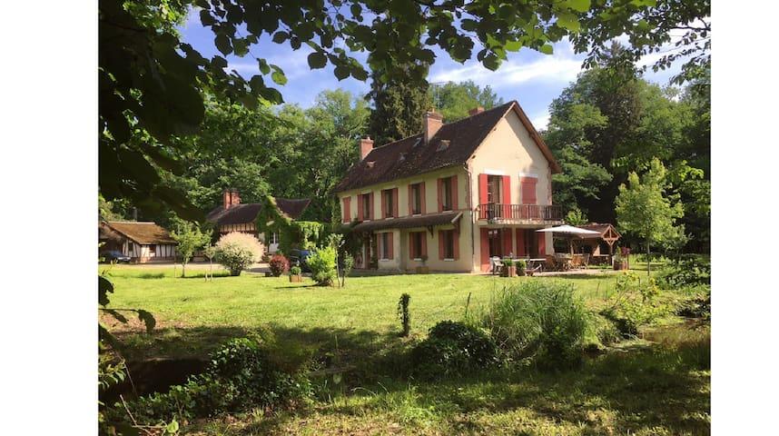 Grand domaine maison familial de charme