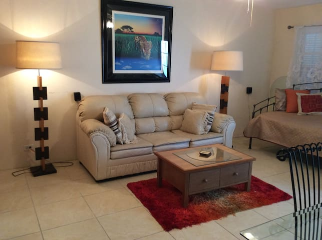 Lots of Space in Your Bermuda Home away from Home