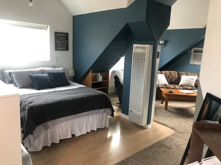 Comfy Guesthouse Near Downtown