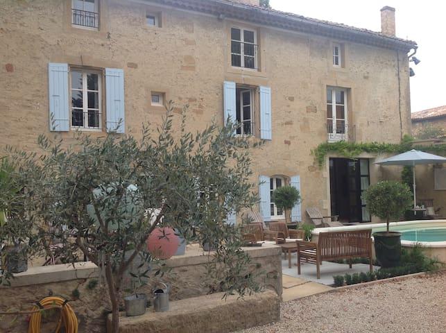 La bastide de Manette 17th century provençal house - Camaret-sur-Aigues