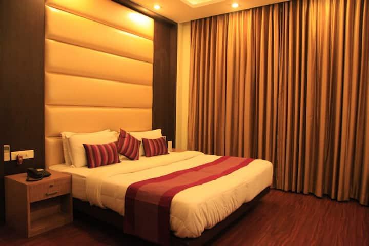 Superior Room with Balcony - INDIYAAH INN