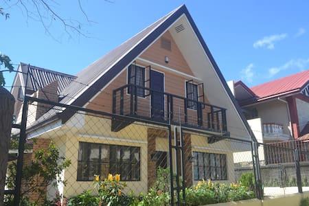 3BR A-HOUSE - Baguio - Maison