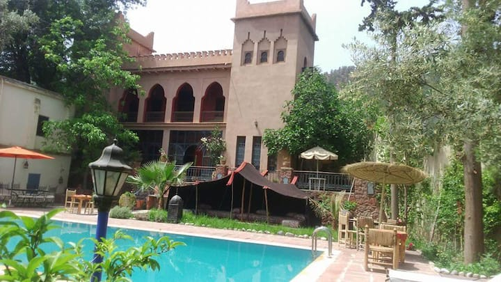 Villa ANINS