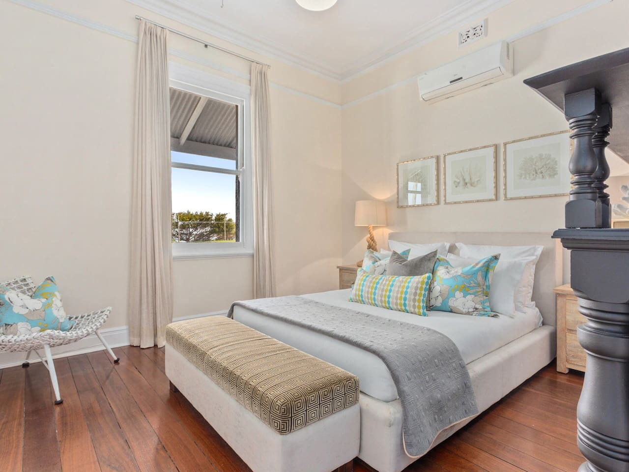 Recharge and unwind in the lavish master suite with plush luxurious linen and a Queen size bed