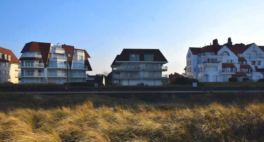 Appartement met tuin op dijk in Knokke - het Zoute