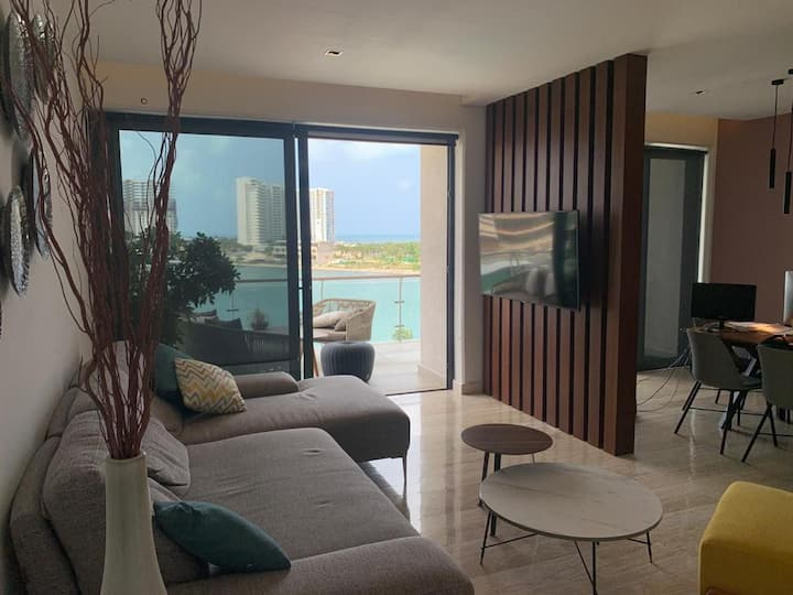 Wonderful condo in Puerto Cancun ,Spectacular View