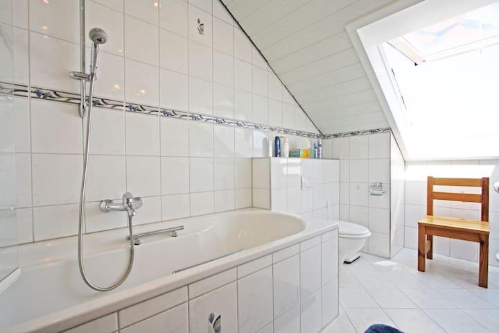 Wunderschöne 120qm Wohnung mit herrlicher Seesicht - Bodman-Ludwigshafen - Daire