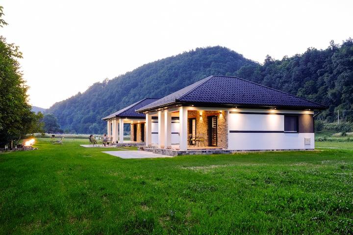 Green Coast/House 01