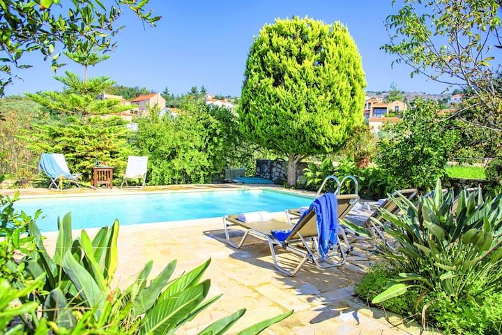 Villa Philia Archontiko