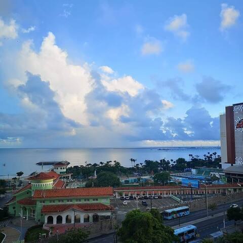 Apartamento 2 quartos 50 metros da Beira Mar