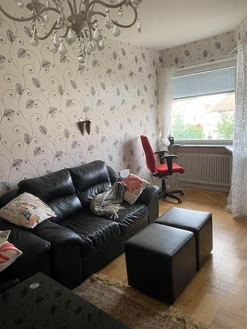 Delat lägenhet med eget rum