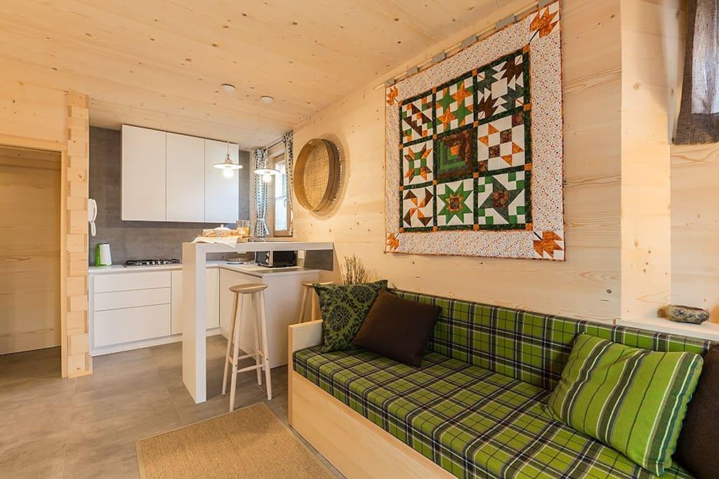 Soggiorno cucina e divano - Living room
