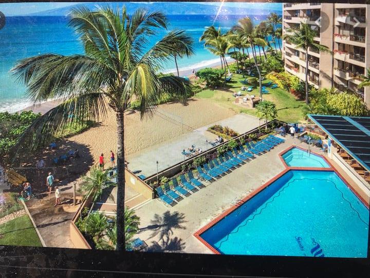 2000  sq ft Condo on the Beach in Kahana (Maui)