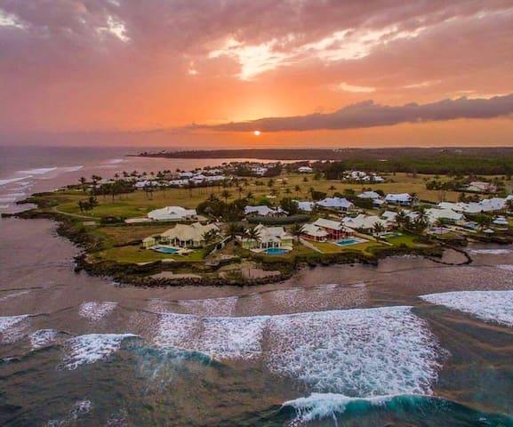 Caribbean Seafront AnytimeVilla Tobago Plantations - Lowlands - วิลล่า