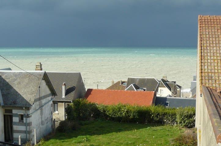 Belle vue mer,  jardin, parking, classé 3 étoiles