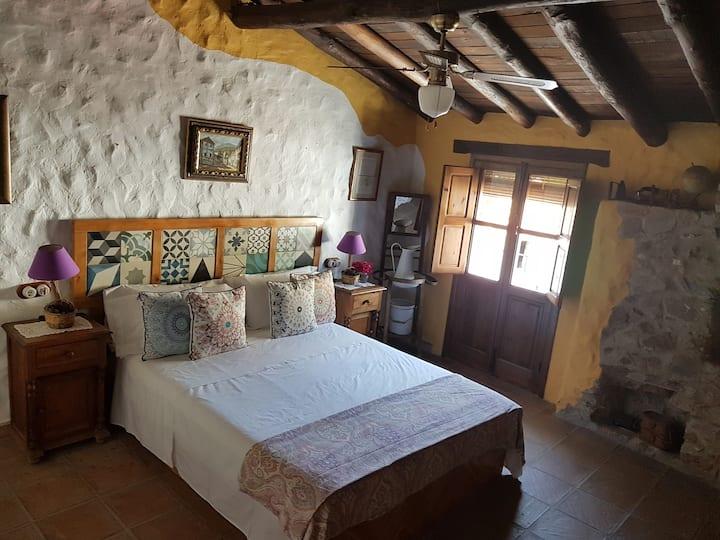 House La Yedra - Benarrabá. Serranía de Ronda