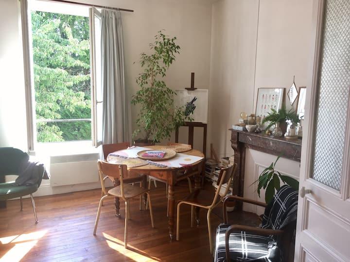 Bel appartement dans maison meulière
