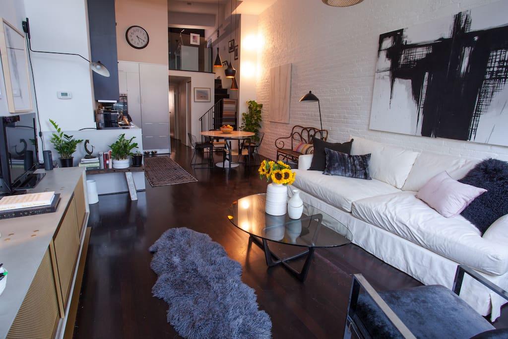 Living Room/Open Kitchen