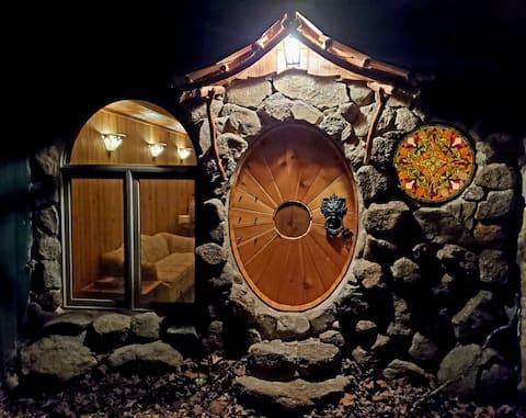 Shire Suite at White Lotus Eco Spa retreat
