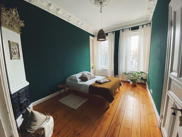 »NEU« Wunderschönes Altbauzimmer in Alsternähe