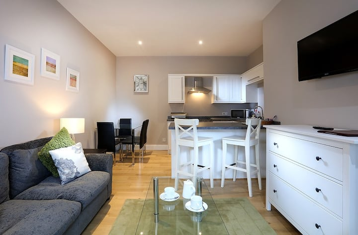 1 Tufton Mews (Sleeps 4)