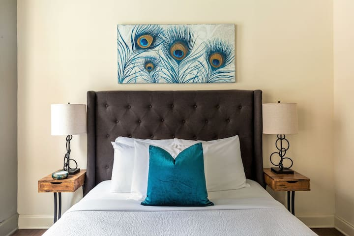 Captivating Stay Alfred at Chisca on Main Street