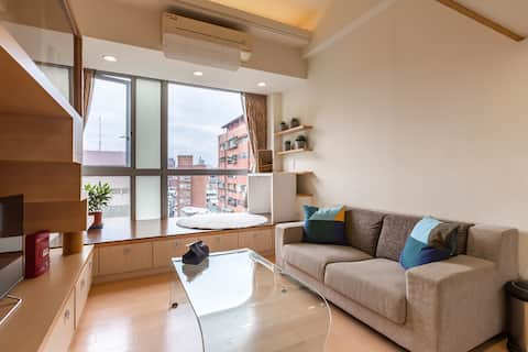 Relaxed Loft close to Taipei 101