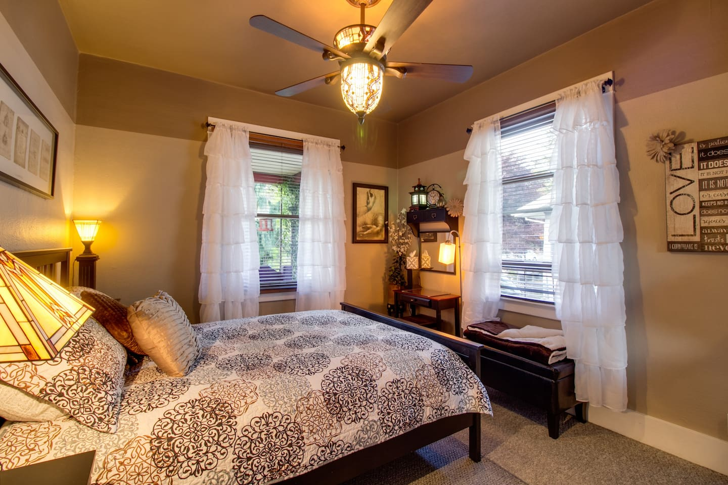 A beautiful room filled with light and mission style decor.  A wonderful queen bed with comfort bedtopper.  Northern and eastern light fills the room.  This is our one guest room located on the main floor just steps away from the shared bath.