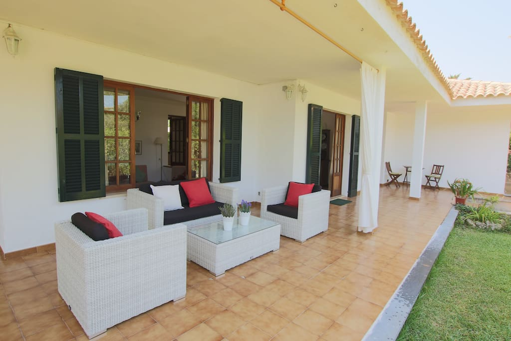 Front terrace with plenty of outdoor living