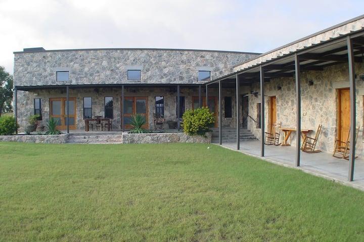 Pecan Creek Lodge