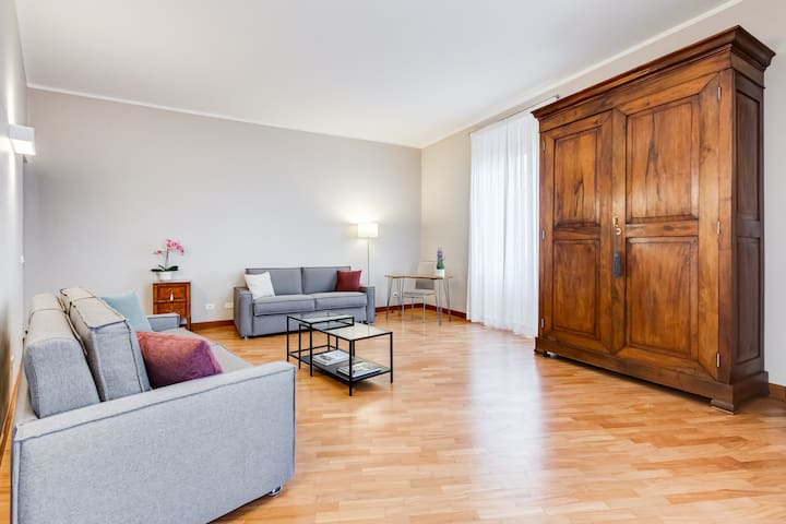 Beautiful apartment near the Borghese Gallery