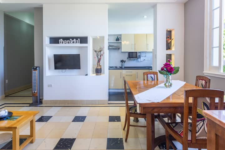 Very nice apartment in the heart of Vedado