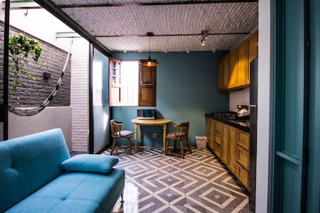 Casa Morelos Uno6Nueve Suite/Departamento Turquesa