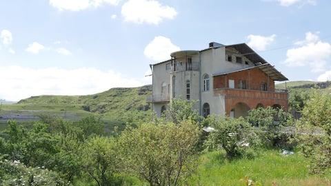 Villa Stefania (good balance of price and comfort)