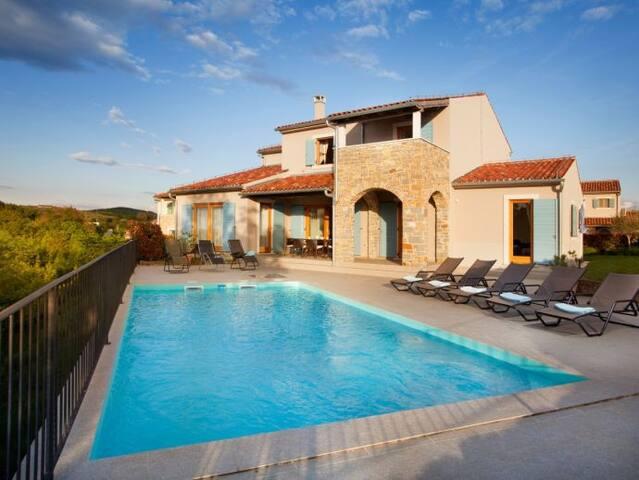 Villa Valentina - Baredine, Buje, Istria, Croatia - Baredine - Villa