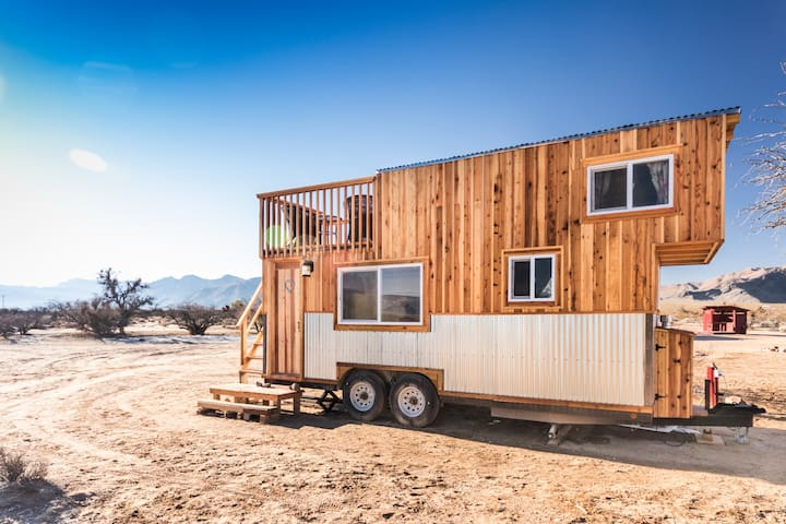 Tiny House Near Las Vegas The Peacock Farm Stays For Rent In