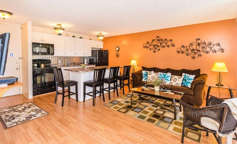 Monthly Rates**New Listing**2 blocks to Beach**