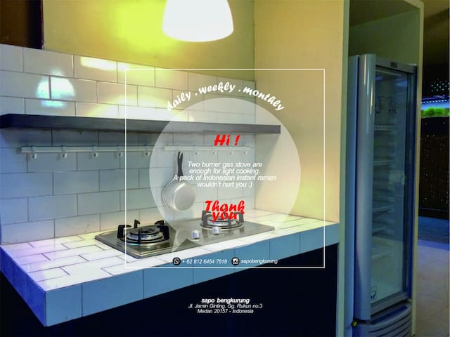 3 bedroom free wifi SAPO BENGKURUNG 208 room 202&6