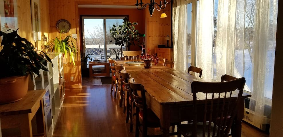 La Petite, chambre en BnB (Petit Déjeuner inclus)
