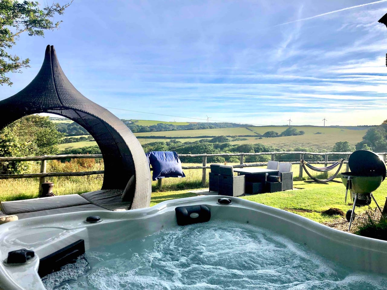 Surrounded by countryside.  Rural Views from the hot tub