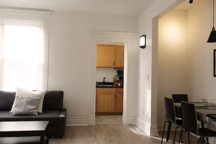 Spacious 1 bedroom apartment with additional comfy new sofa bed for extra guests