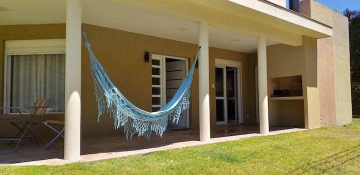 Hermosa casa en Barrio Las Dunas a 500mts del mar