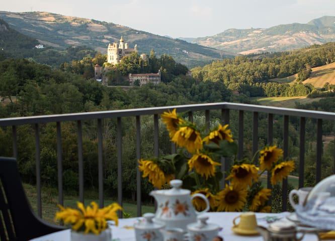 Near the Rocchetta Mattei CA 'DLA GINA - Grizzana Morandi - Casa