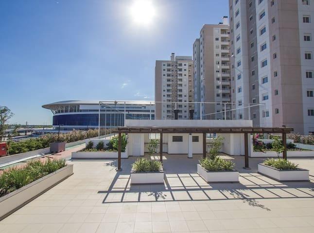 Quarto c/ banheiro privativo, lado da Arena Grêmio